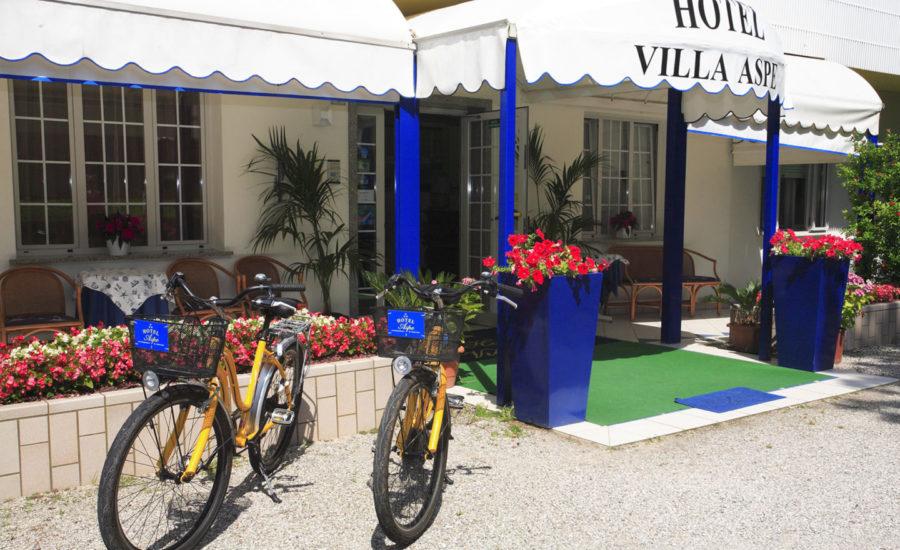 biciclette-bagno-attrezzato-per-disabili-Villa-Aspe-Bibione