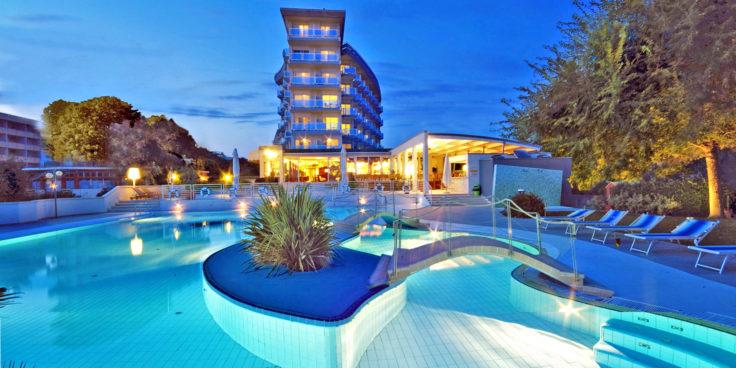 Majestic Beach Hotel & Wellness thumbnail