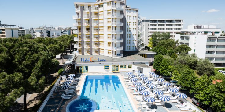 Hotel Luna thumbnail