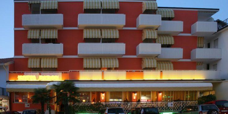 Hotel Paron thumbnail