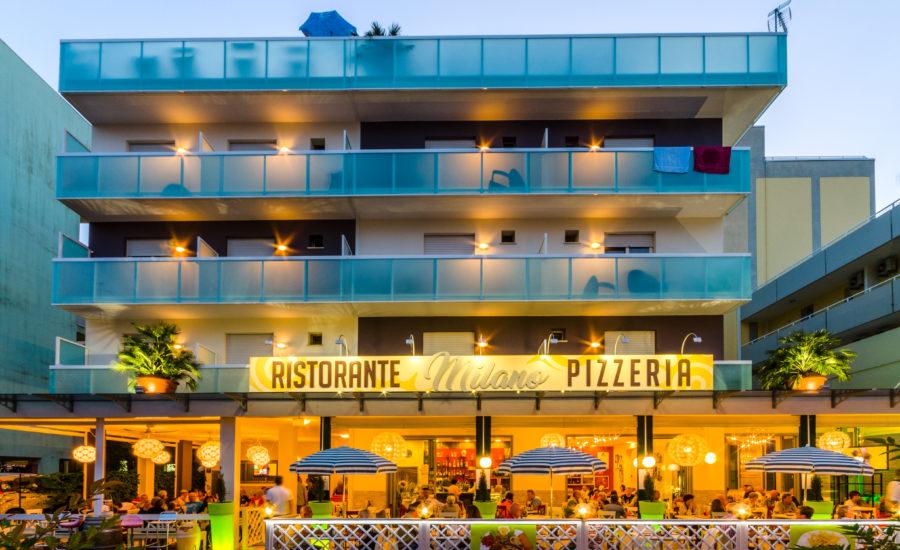Hotel_Milano_Bibione_Ristorante_Pizzeria_centro
