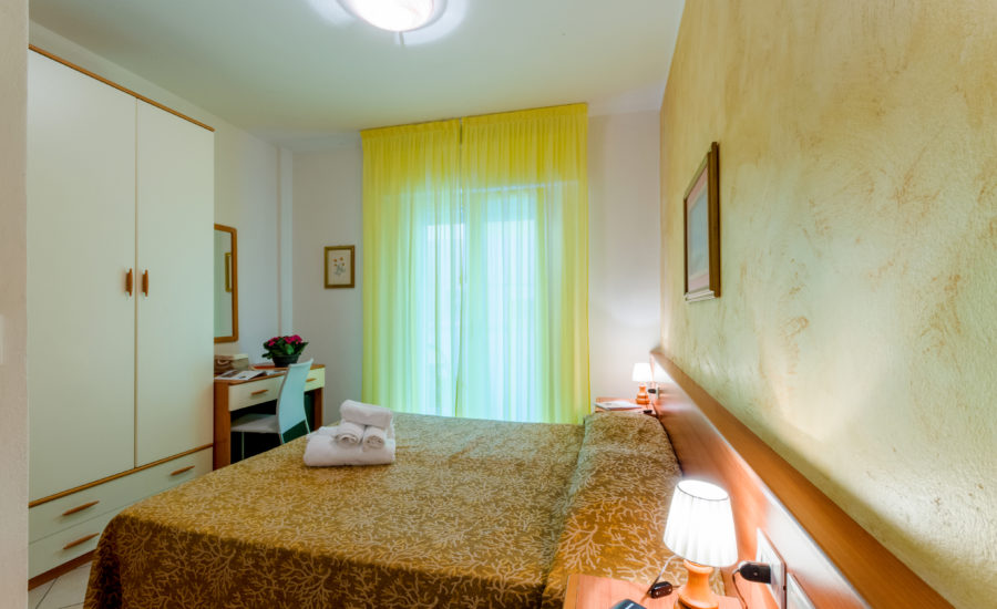 Camera_Hotel_Milano_Bibione_3stelle_centro
