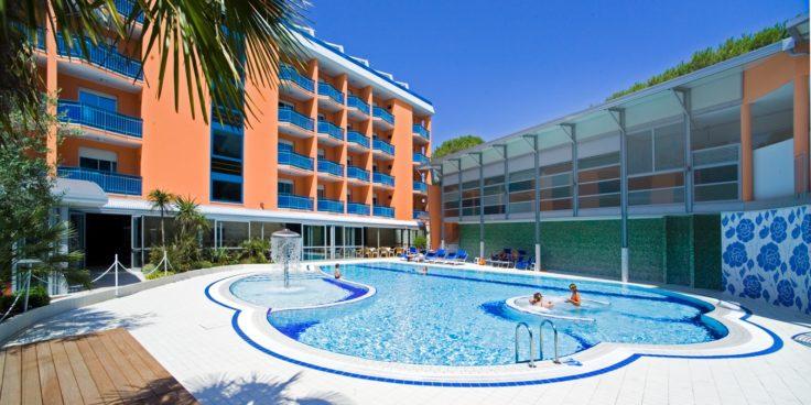 Grand Hotel Esplanada thumbnail
