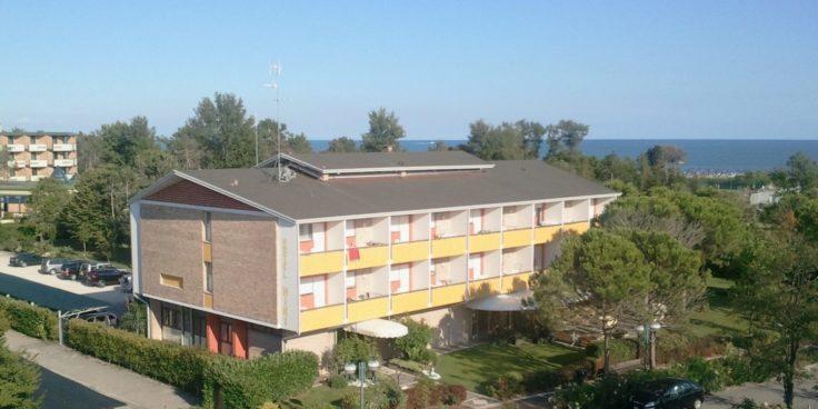 Hotel Hiki thumbnail