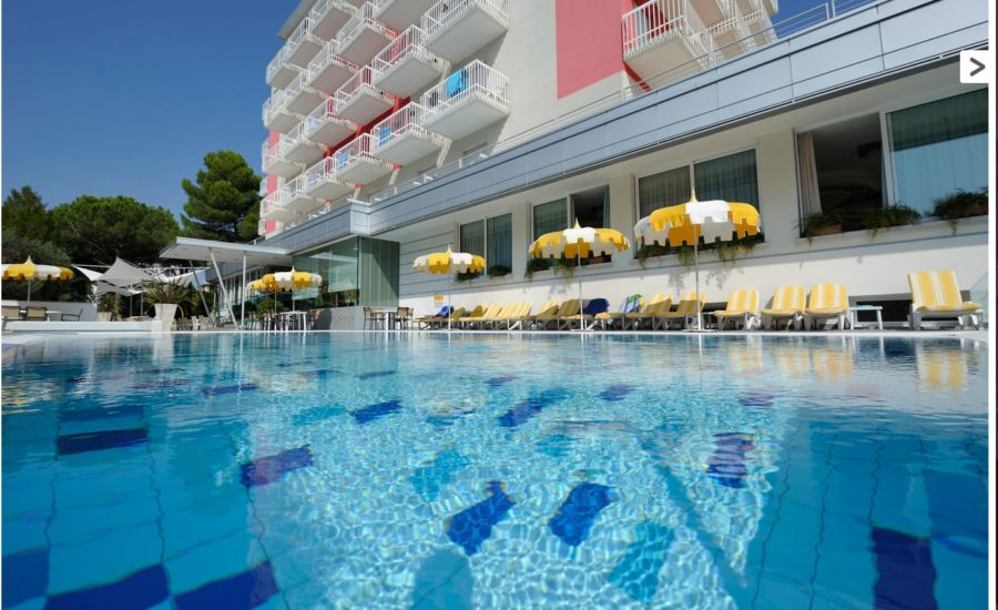 hotel-eden-bibione-piscina