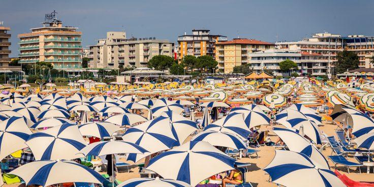 Hotel in Bibione mit Vollpension: wo übernachten, um einen 100%-igen Urlaub zu genießen thumbnail