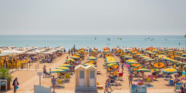 Der Strand von Bibione: Dienstleistungen, Komfort und sauberes Meer thumbnail