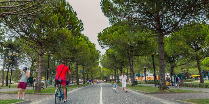 Vacanze tranquille (perfino ad agosto): Bibione è la meta per voi thumbnail