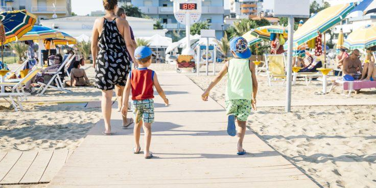 Bibione: la prima spiaggia smoke free d'Italia thumbnail