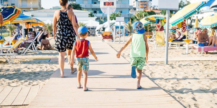 Wo man in Bibione am besten in der Nähe vom Strand übernachten kann thumbnail