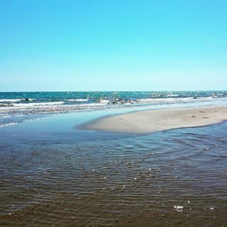#mare#sea#bibione#bibionebeach#blue#sky#skyline#visitbibione#instatravel#instabibione#sand#beach#watercolor#water#landcapes#landscape_lovers#outdoor#sun#sunlight