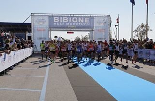 E' l'ora giusta per uscire ad allenarsi! Bibione Half Marathon è tra meno di due mesi – iscriviti qui: http://bit.ly/BibioneHalfMarathon [photocredits: halfmarathon] #bibione #visitbibione #bibione2017 #travelgram #instatravel #running #halfmarathon #training #run #fitness Es ist der richtige Zeitpunkt, um draußen zu gehen und sich üben! Bibione Half Marathon ist in weniger als zwei Monaten - melden Sie sich hier: http://bit.ly/BibioneHalfMarathon_de  It's the right time to go out and train yourself! Bibione Half Marathon is in less than two months - sign up here: http://bit.ly/BibioneHalfMarathon_en