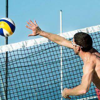 Da oggi a domenica sarà possibile assistere ad una settimana intera di gare nazionali di Beach volley sulla spiaggia di Bibione!Ci sarai anche tu?  #bibione #visitbibione #2018 #waitingforsummer #summer2018 #estate #estate2018 #summertime #bibione2018 #welivetoexplore #amazingview #travelgram #exploremore #water #activity #beachvolley  Von heute bis Sonntag wird es möglich sein, eine ganze Woche der nationalen Beach Volleyball-Wettbewerbe am Strand von Bibione zu besuchen!Wirst du auch da sein?  From today to Sunday it will be possible to attend a whole week of national beach volleyball competitions on the beach of Bibione! Will you be there too?