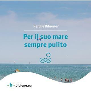 Perché scegliere Bibione? Tra i tanti motivi, un mare pulitissimo, premiato con la Bandiera Blu per ben 25 volte? #bibione #visitbibione #2018 #waitingforsummer #summer2018 #estate #estate2018 #summertime #bibione2018  Warum Bibione zu wählen? Unter den vielen Gründen, ein sehr sauberes Meer, das mit der blauen Fahne für 25 Mal verliehen wurde? Why choosing Bibione? Among the many reasons, a very clean sea, awarded with the Blue Flag for 25 times?