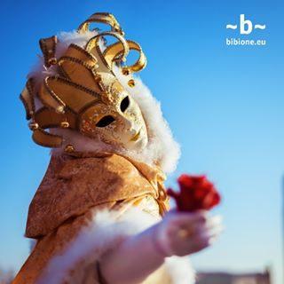 Carnevale è da sempre il momento migliore per indossare la tua maschera preferita e festeggiare con i tuoi amici. Bibione è il posto migliore per trascorrerlo! #bibione #visitbibione #2018 #waitingforsummer #summer2018 #estate #estate2018 #summertime #bibione2018  Karneval war schon immer die beste Zeit, um Ihre Lieblings-Maske zu tragen und mit Ihren Freunden zu feiern. Bibione ist der beste Ort, um es zu verbringen! Carnival has always been the best time to wear your favorite mask and celebrate with your friends. Bibione, is the best place to spend it!